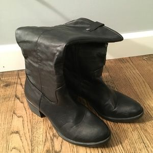 RAMPAGE BLACK BOOTS SIZE 9.5